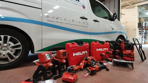 Alle werkbussen voorzien van hypermodern gereedschap.