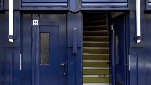 34 woningen en winkel Molukkenstraat Amsterdam